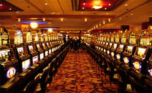 «Нет, я и правда начал играть в онлайн казино — иногда даже выигрывал»